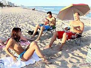 Gina Valentina and Kobi Brian exchange up their daddies