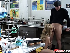 Angelina wants a individual lesson on privates