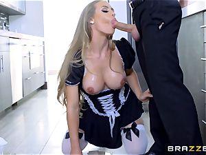 screwing molten torrid maid Nicole Aniston