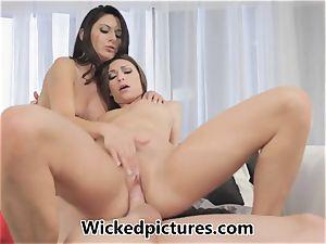 Victoria Lawson and Nikki Daniels in a warm fuckshare