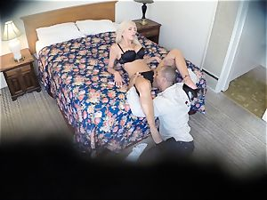 super-naughty Nina Elle nails her guy at the hotel
