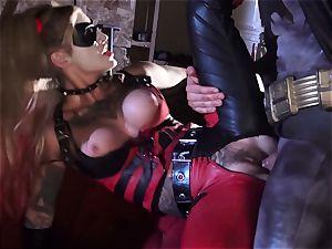 Kleio Valentien gives muddy blowjob to a superhero