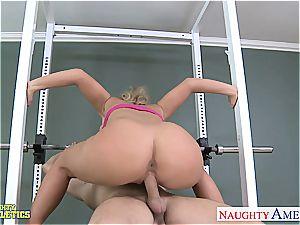Sporty blond Phoenix Marie humping