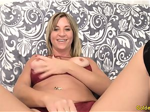 Mature woman Sky Haven intro and poke