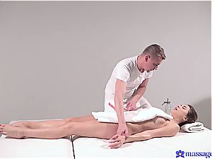 steaming massage turns to sensual lovemaking and this brown-haired goddess likes it