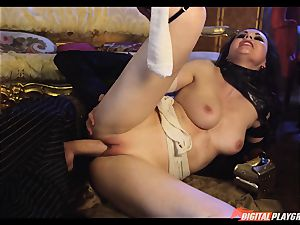 Tina kay has ample fountain on her wonderful adorable face from frankenstein