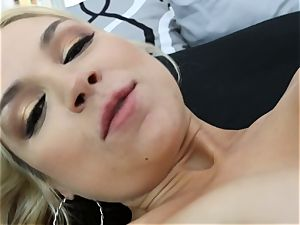 Sarah Vandella gets fucked in the booty