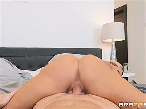 knob lovinТ mature platinum-blonde Olivia Austin