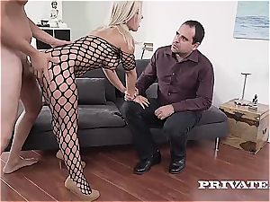 Nikyta anal romping while her hubby sees