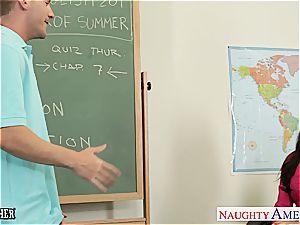 lil' jugged teacher India Summer pummel her teenager student