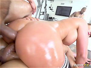 Oily Phoenix Marie ball-gagged and double pummeled cutie