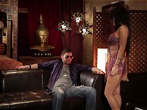 Asa Akira gives this fellow some serious experience