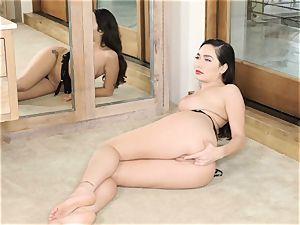 Karlee Grey solo pussy display