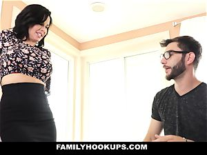 FamilyHookups - super hot cougar teaches Stepson How To bang