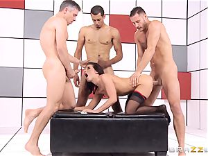 Adriana Chechik plumbs three meatpipes at once