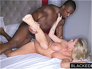 babe Jessa Rhodes can't stand against to the thick black cumbot