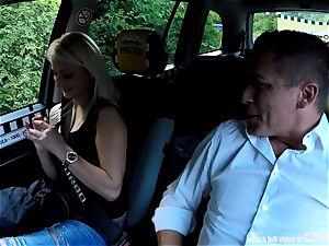Strangers Voyeurs seeing Czech taxi car in act