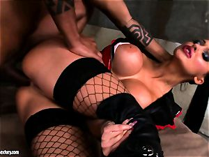 Lusty stunning Aletta Ocean gets rectally smashed she couldn't stop squealing