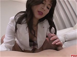 bootylicious booty nurse Ayumi Iwasa sensuous porno with patient